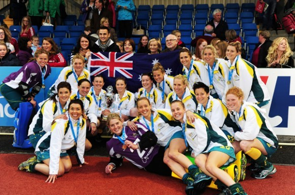 536-hockeyroos__2012.jpeg-normal