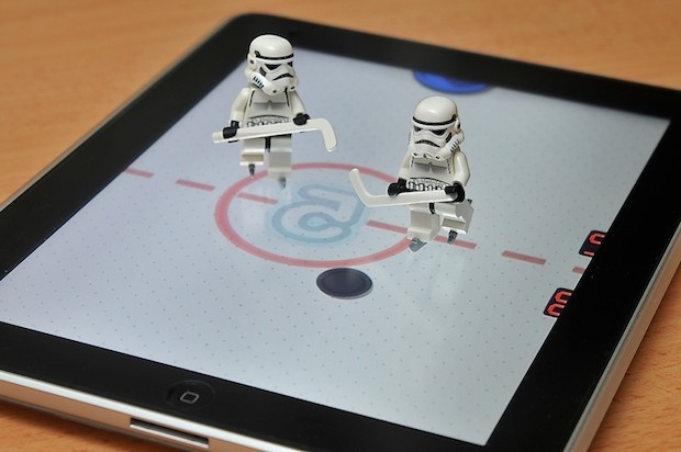 iPad Lego Hockey - Star Wars Lego Hockey Players