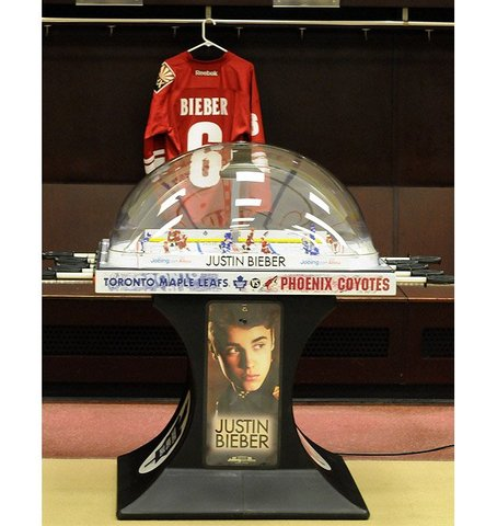 Justin Bieber Bubble Hockey Game - Maple Leafs vs Coyotes - 2012