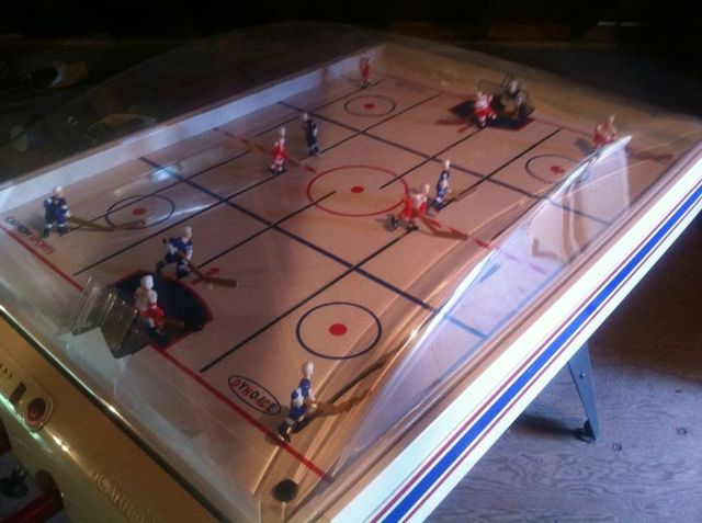 Carrom Sports Bubble Hockey Game - Dyno-Ice