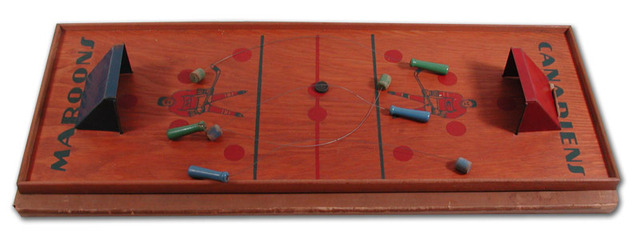 Antique Table Hockey Game - Canadiens vs Maroons