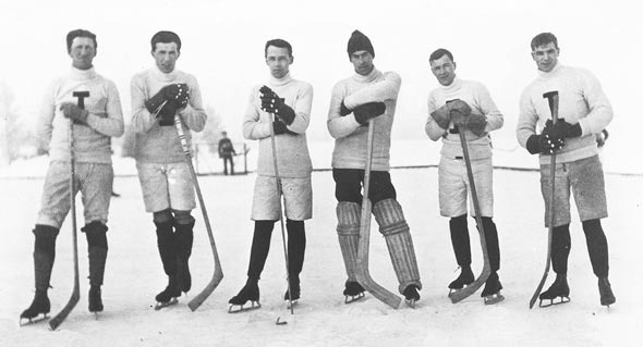 Antique Ice Hockey - British Columbia - Lake Windermere - 1912