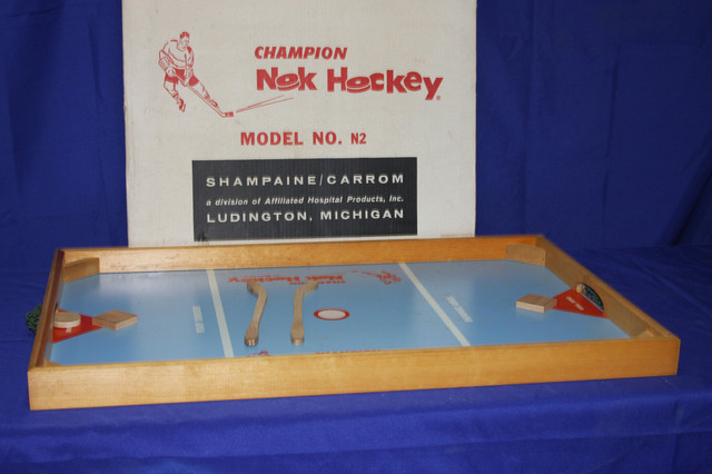 Nok Hockey - 1972 - Carrom - Model No. N2