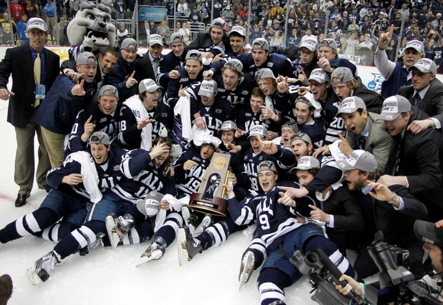 Yale Bulldogs - NCAA Ice Hockey Champions - 2013