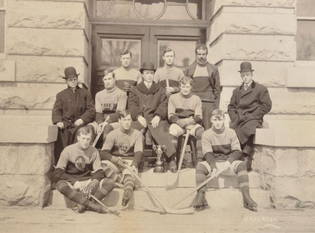 Queens University - Inter Year Champions - 1908