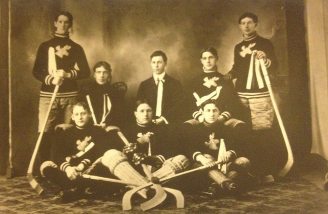 Antique Ice Hockey Team - 1905 - Moosehead Jersey's