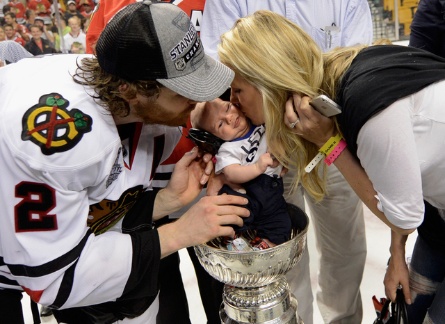 Duncan Keith Baby Colton Inside Stanley Cup & Kelly-Rae Kisses