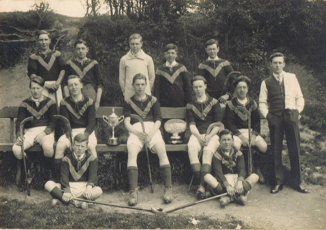 Antique Shinty - Antique Caman - Championship Team - Scotand