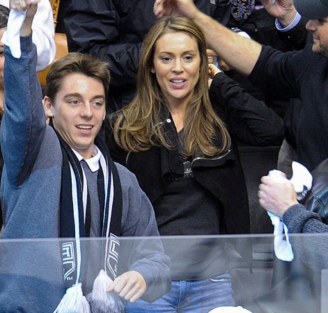 Alyssa Milano at a LA Kings 2013 Stanley Cup Playoffs Game