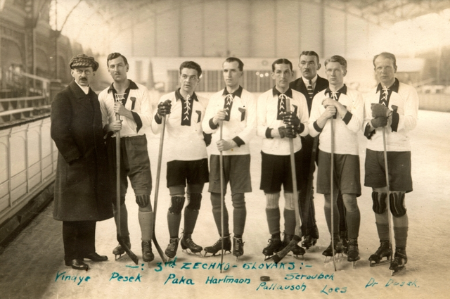 1920 Czechoslovakia Olympic Hockey Team - Bronze Medal Winners