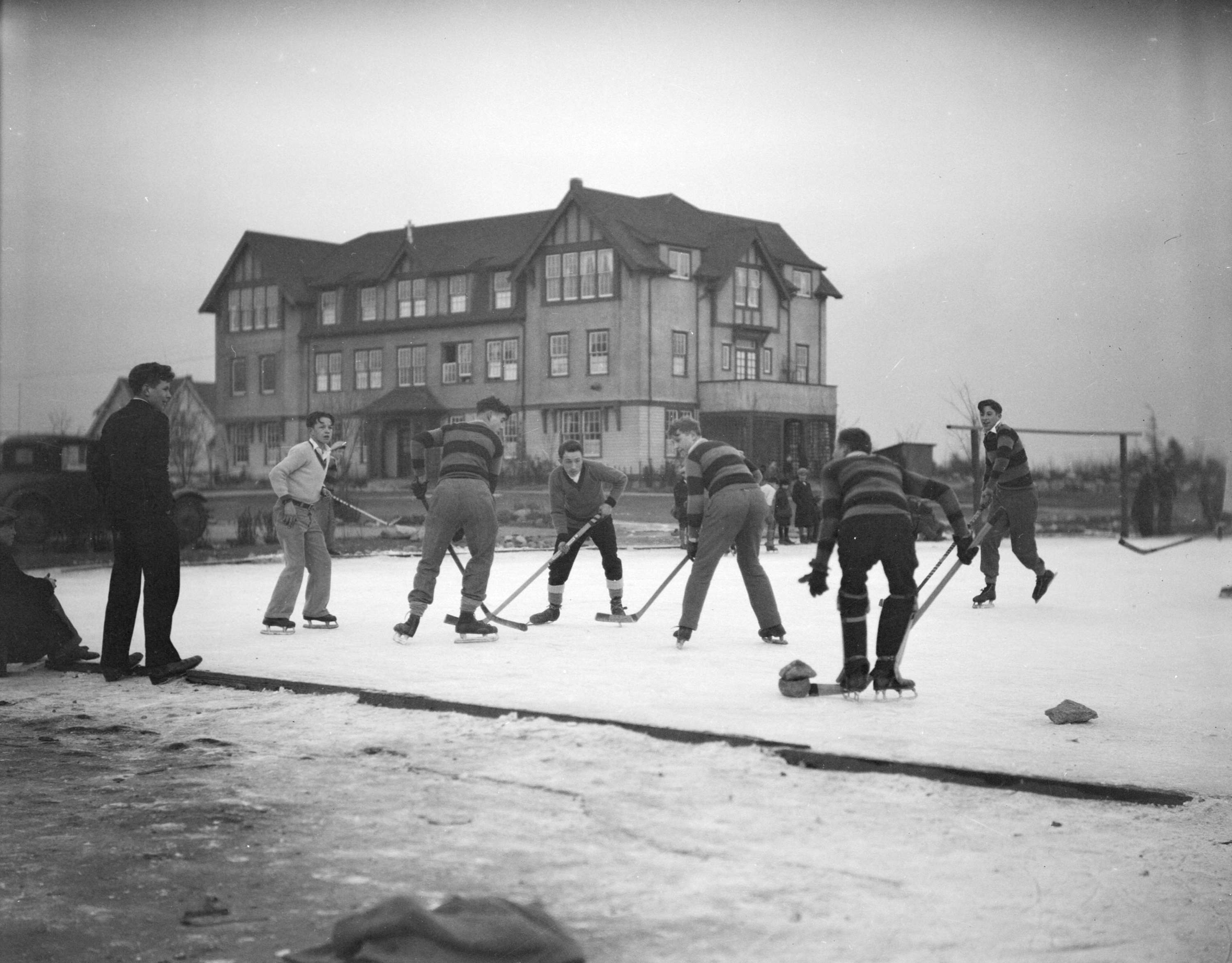Vancouver College Game Of Shinny Ice Hockey Early