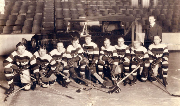 Seattle Metropolitans - Pacific Coast Hockey League - 1917