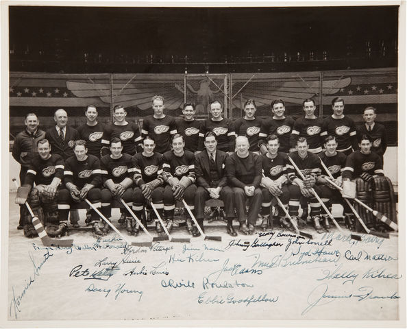 Detroit Red Wings - Stanley Cup Champions - 1937 - Autographed