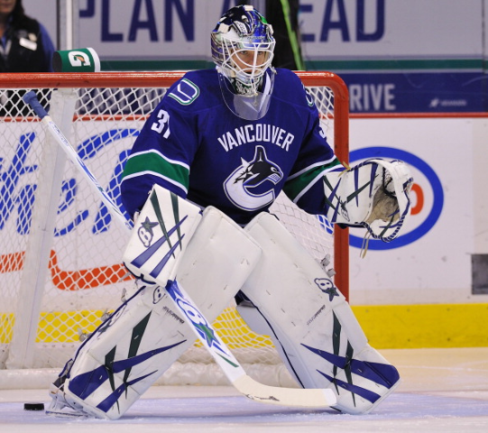 Eddie Lack In Goal For The Canucks