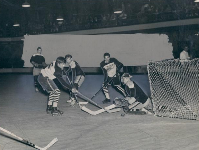 Vintage Roller Hockey Game - 1949 - Michigan
