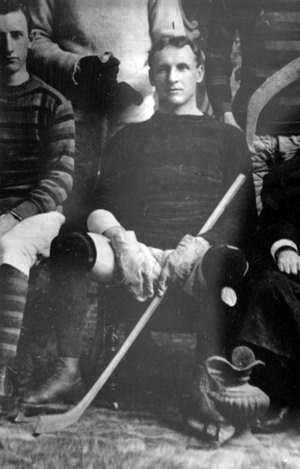 Guy Curtis captained Queen's in 2 Stanley Cup series 1895 - 1899