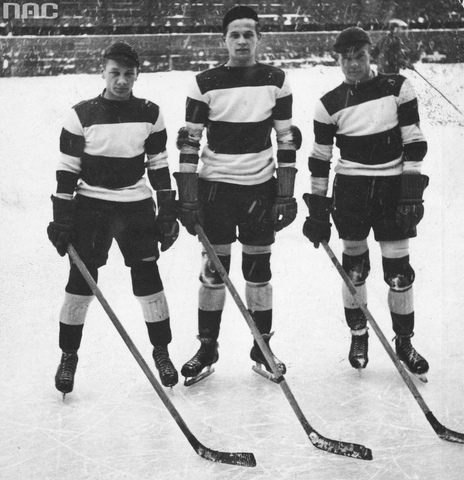 Hokeiści z Cracovii - KS Cracovia Krakow Hockey Players 1934