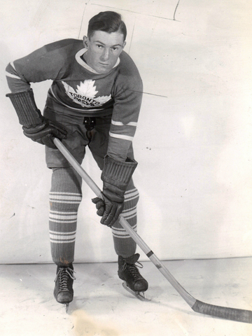 Nick Metz - Toronto Maple Leafs 1940