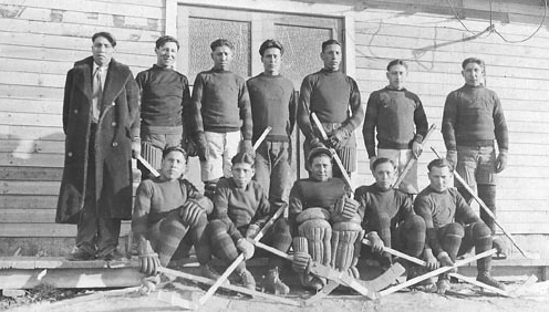 Deerfoot Hockey Club - Blackfoot Reserve 1927