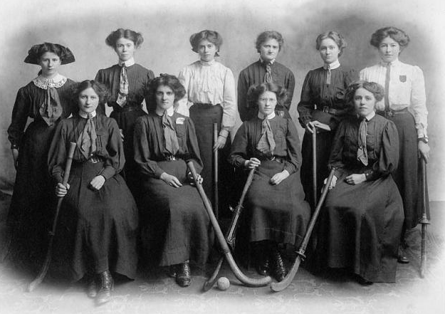 Montgomery Ladies Hockey Team - Wales 1909
