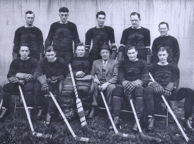 Portland Buckaroos Team Photo 1935
