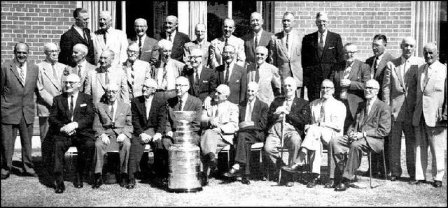 31 Hockey Hall of Fame Inductees with Original Stanley Cup 1959