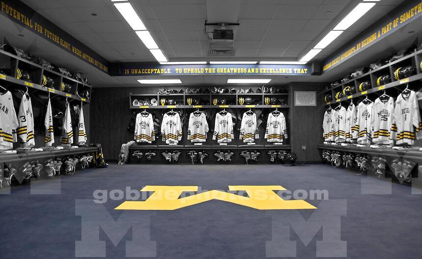 Michigan Wolverines Men S Ice Hockey Locker Room Ncaa