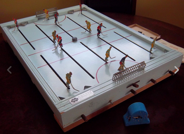 Vintage Table Hockey Game - Mieg's Cresta 1950s