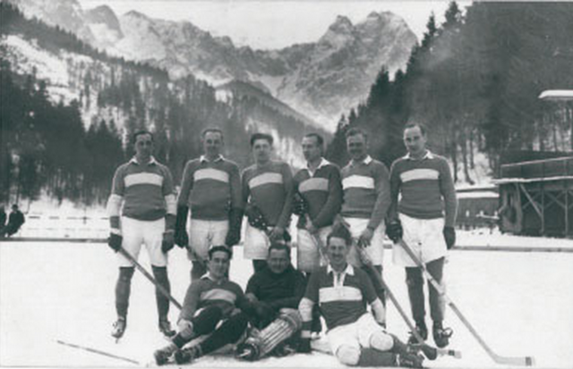 SC Riessersee Ice Hockey Team 1924 on the Riessersee, Bavaria