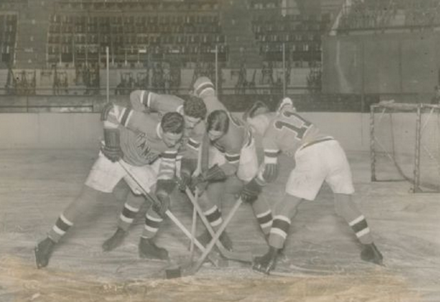 New York Rangers 1st Practice at Madison Square Gardens Nov 1926