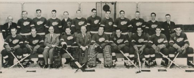 Detroit Red Wings Team Photo 1946 Gordie Howe Rookie