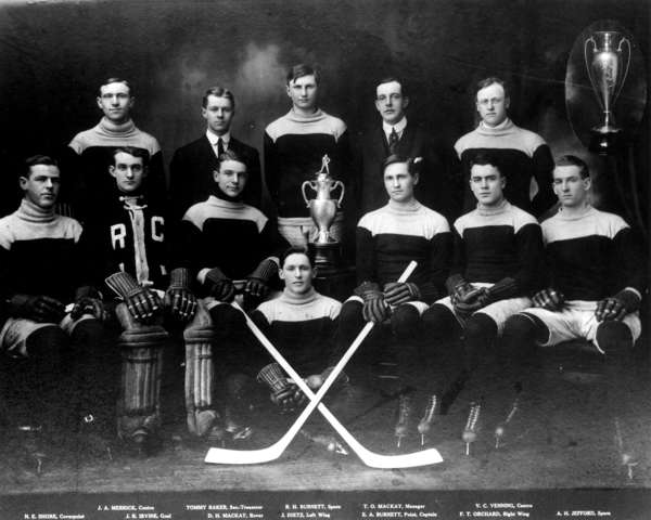 Vancouver Rowing Club Hockey Team Savage Cup Champions 1913 Godfrey Cup Champion