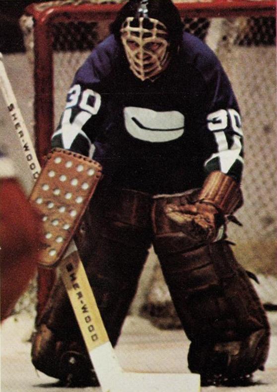 Dunc Wilson Vancouver Canucks 1971 | HockeyGods