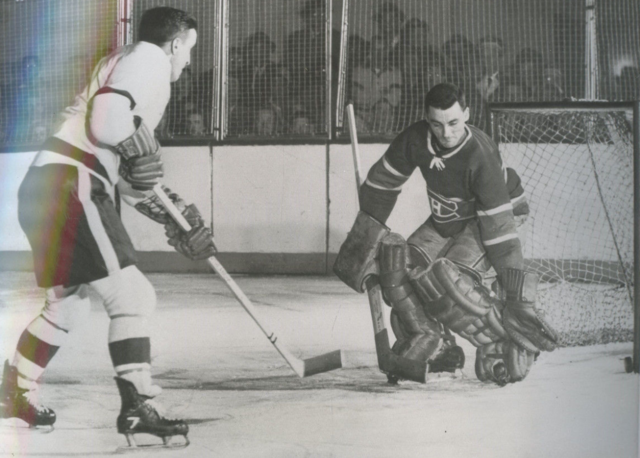 Ted Lindsay scores on Jacques Plante in the 1955 Stanley Cup Finals