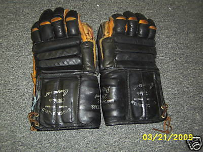 Hockey Gloves Simpsons 1