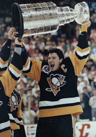 Mario Lemieux with The Stanley Cup 1991