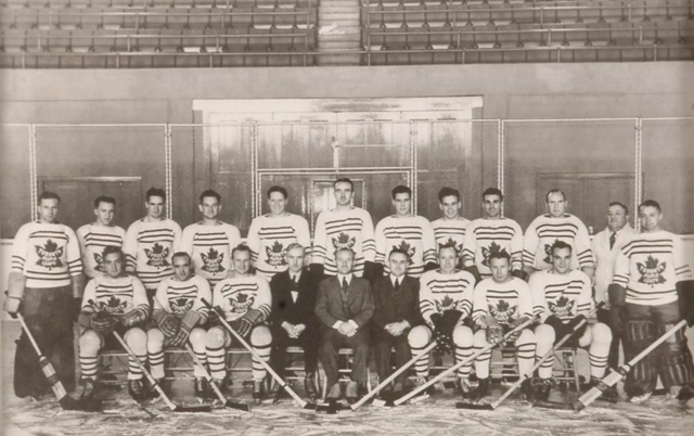 Toronto Maple Leafs Team Photo 1933