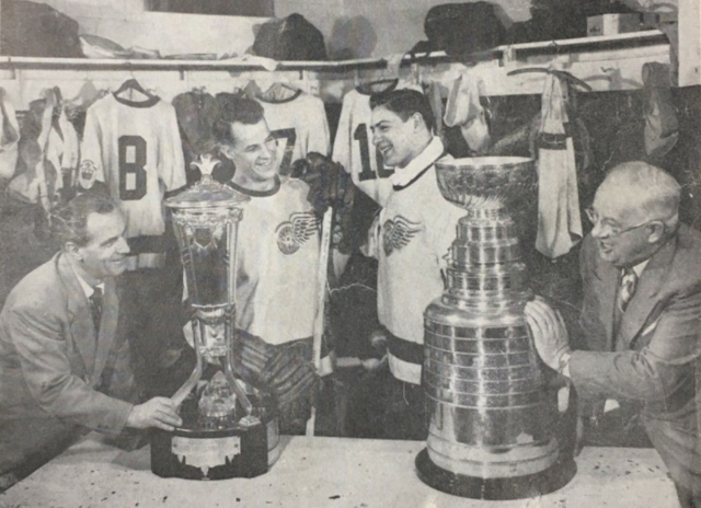 Tommy Ivan, Gordie Howe, Terry Sawchuk & Jack Adams with the Stanley Cup 1951
