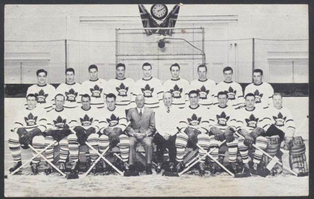 Toronto Maple Leafs Team Photo 1946