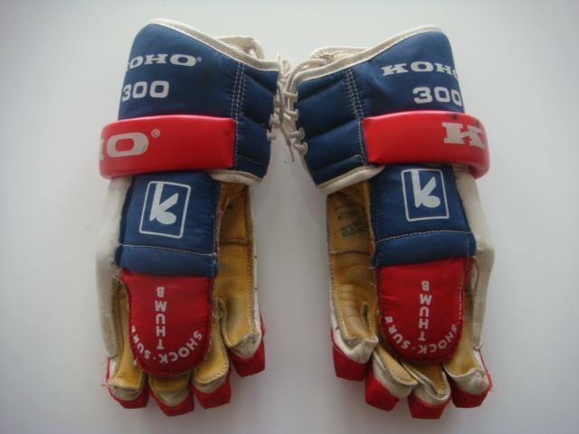 Hockey Gloves 1980s 2