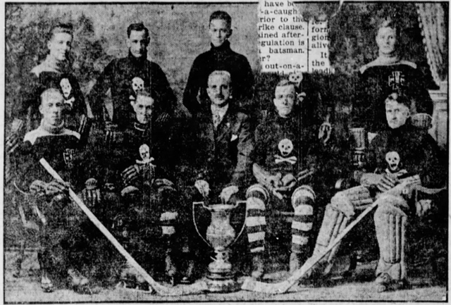 Medical College Senior Ice Hockey Team 1918–19