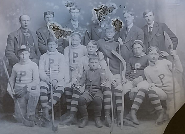 Pontiac Junior Hockey Team 1910