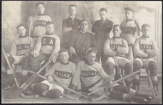 Dollard Hockey Club Sainte-Anne-De-La-Pérade 1920s