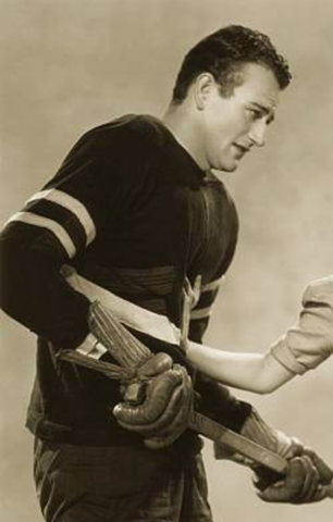 John Wayne in Idol of the Crowds - Johnny Hanson New York Panthers 1937
