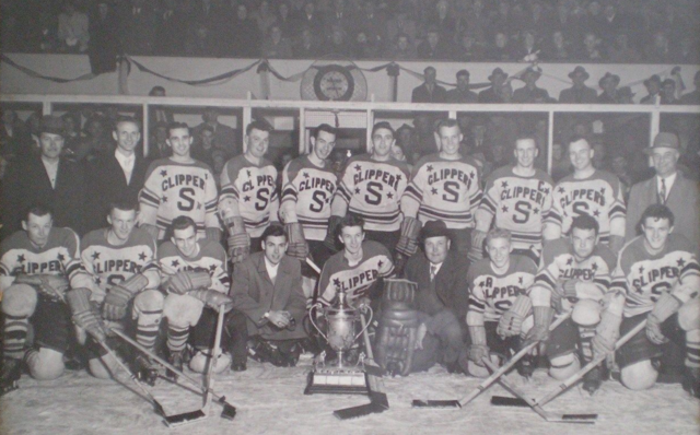 Stouffville Clippers 1952 Hewitt Cup Champions as OHA Senior B Champions
