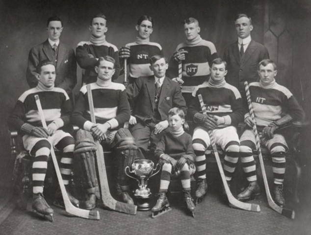 North Toronto Hockey Club 1914 Senior Champions of Toronto Hockey League