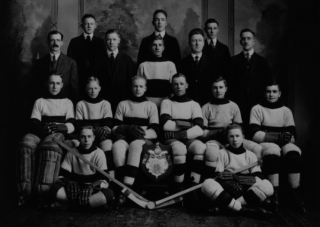 Tammany Tiger Hockey Team 1918 Manitoba Juvenile Hockey Champions