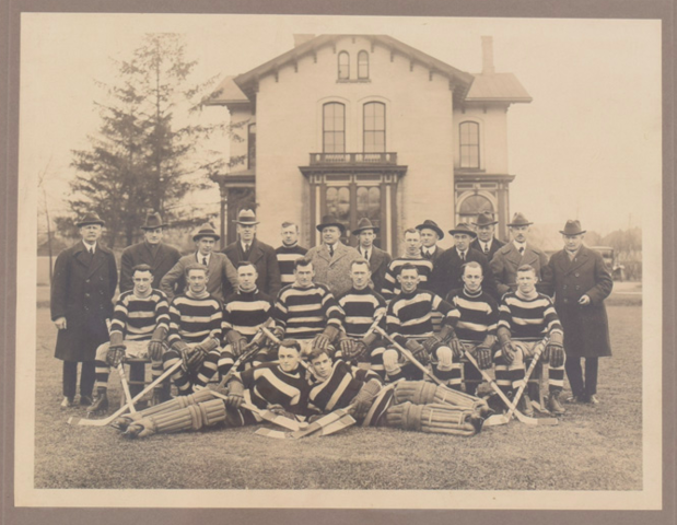 Niagara Falls Hockey Club 1922 OHA Intermediate Finalists