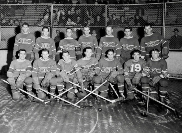 Montreal Canadiens Team Photo 1942