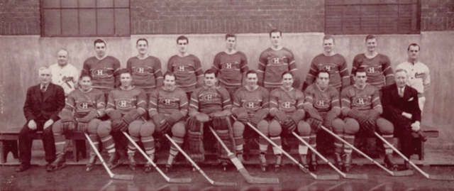 Montreal Canadiens Team Photo 1944
